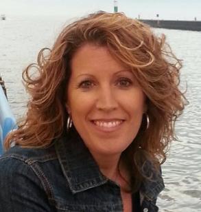 Jill Shea Headshot 2013